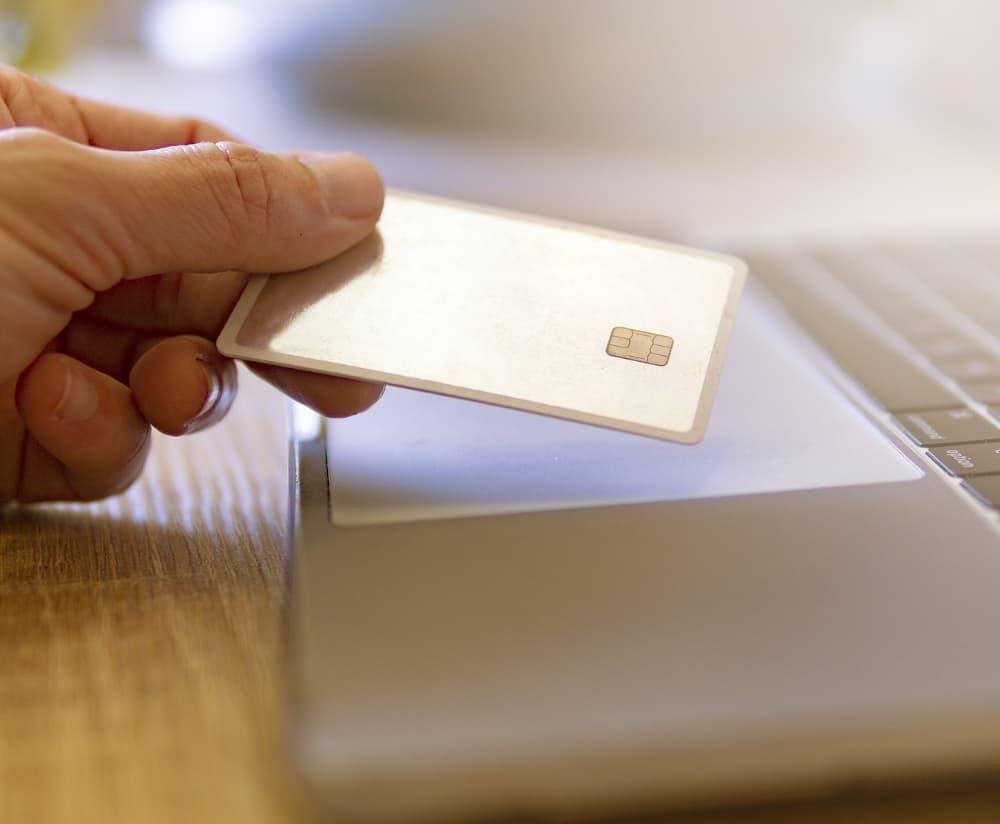 Protección contra fraude bancario online